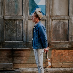 Frederick : Artiste grand et jeune public en Occitanie